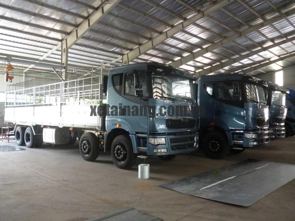 Xe tải CAMC 4 chân thùng mui bạt