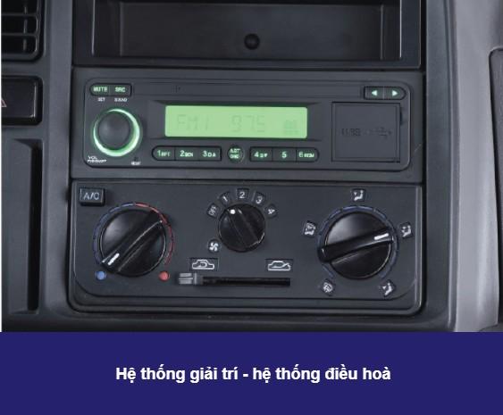 Nội thất xe tải IZ200 (1)